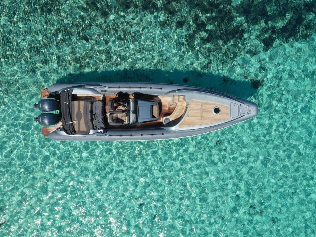 Notos_Mare_Technohull_600hp_rent_a_Boat_Chania_Sfakia_Crete